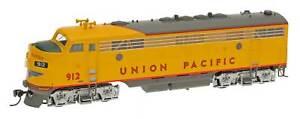 HO-Scale-INTERMOUNTAIN-49939S-04-UNION-PACIFIC-FP7A-Loco-912-DCC-amp-SOUND