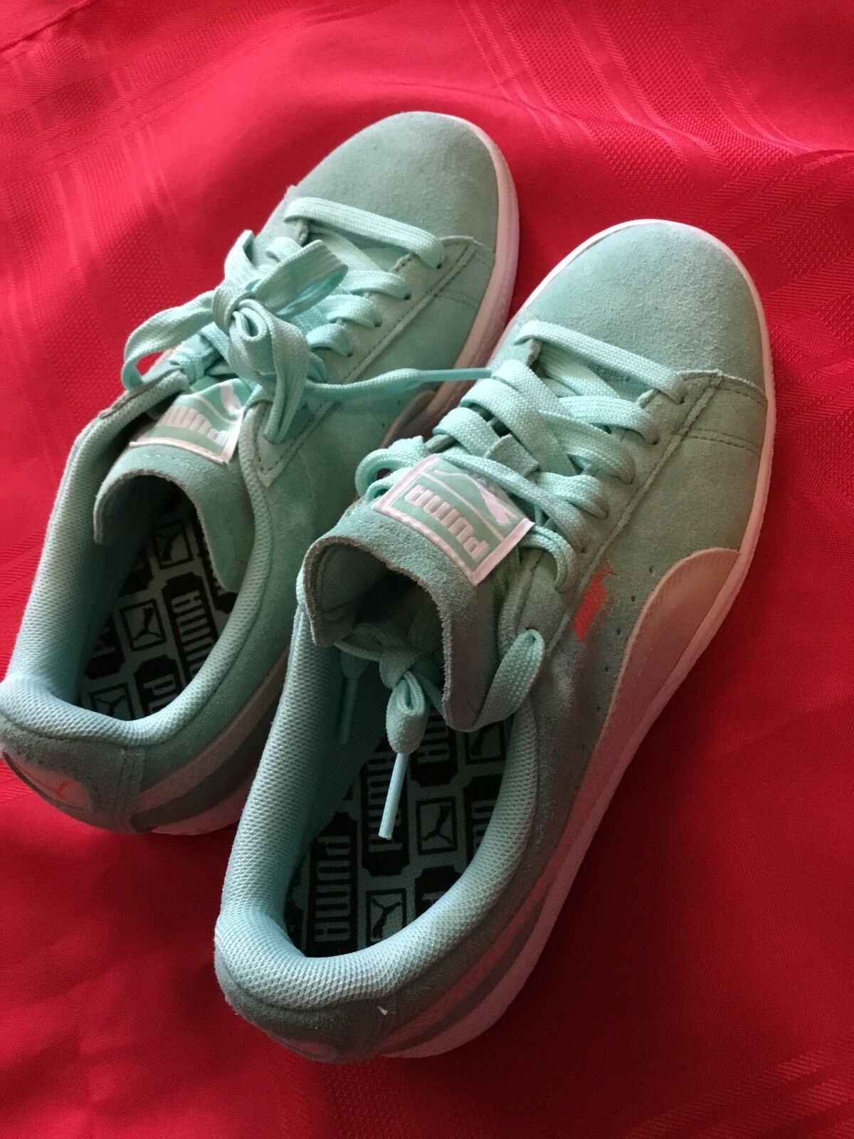 NWOT Puma Classic Suede Sneakers Mint Green Size 6.5