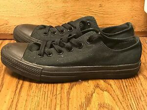CONVERSE ALL STAR WOMEN'S SIZE 7 MEN'S 5. BLACK CANVAS CHUCK TAYLOR