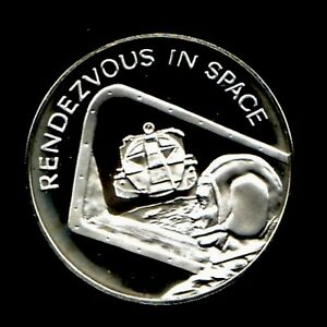 APOLLO 13 SPACE FLOWN TO THE MOON MATERIAL LARGE SILVER COIN Rendezvous In Space