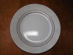 Corelle Vitrelle PEWTER Set of 4 Dinner Plates 10 3/4\