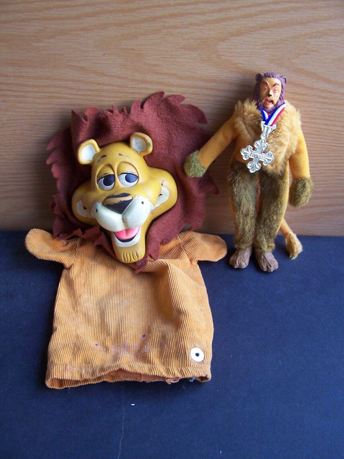 2 LIONS - Cowardly Lion Oz Mego + Linus Lionhearted Hand Puppet Mattel Vintage