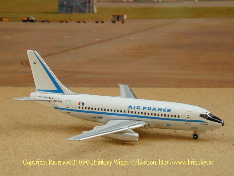 Air France B-737-200 (N4522W)  Antilles , 1 400 SMA