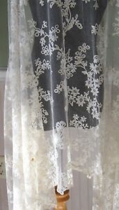 Antique-French-Embroidered-Tulle-Tambour-Net-Lace-Shawl-Veil-Wedding-19th-Centur