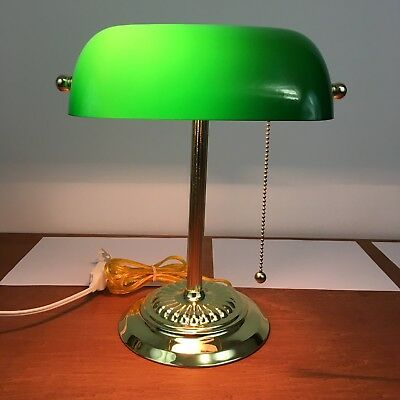 Green Gl Shade Banker S Lamp Traditional Desk Office Light Br Colored Ebay