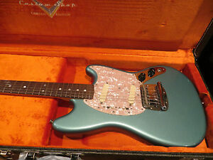 Fender-Custom-Shop-Mustang-Limited-Edition-Rare-Metallic-Teal-Green-NAMM-2013