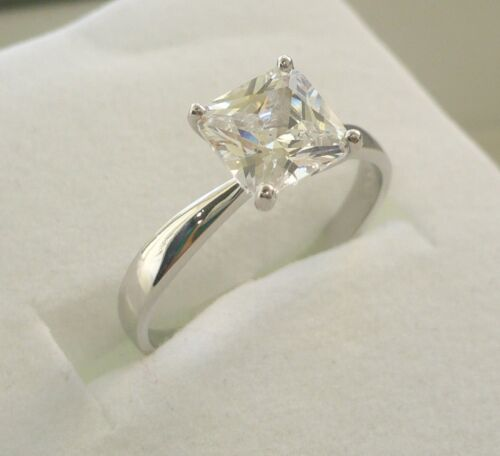 925 STERLING SILVER WOMEN/'S CZ ENGAGEMENT// PROMISE RING  princess cut SIZE 5-10