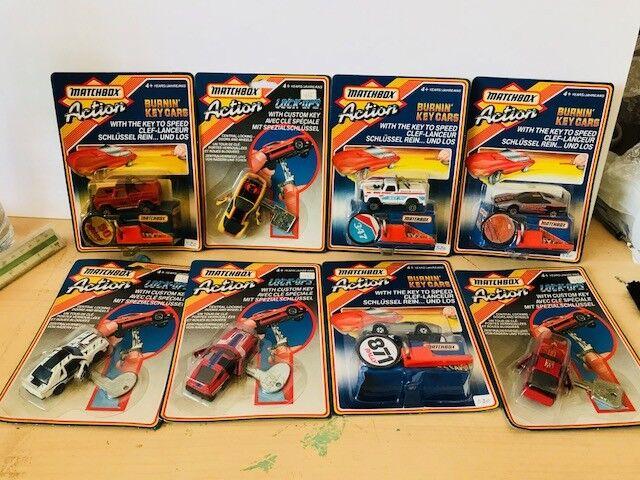 Masse 8 Autos MATCHBOX Wirkung en Blister  80´s original NEW