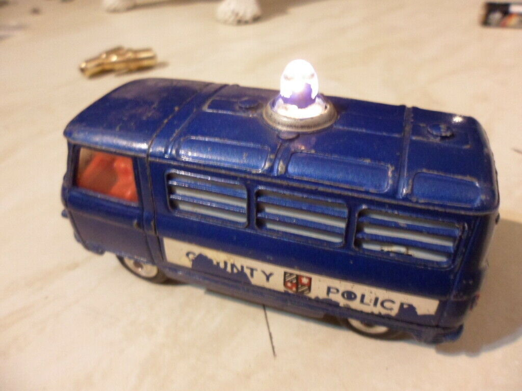 GOOD ORIGINAL 1960's CORGI No 464 COMMER COUNTY POLICE VAN
