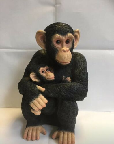 Chimpanzee with Baby Naturecraft Collection