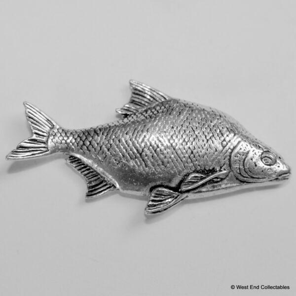 Bream Pewter Pin Brooch -british Hand Crafted- Coarse Fishing Angling Fish Piacevole Nel Dopo-Gusto