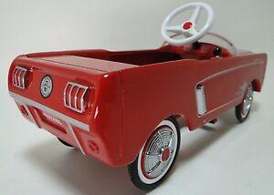 Mustang-Ford-Pedal-Car-Vintage-Car-Metal-Collector-gt-READ-FULL-DESCRIPTION