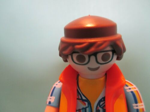 orig pkg PM #70369 Playmobil SERIES 18 MALE ARCHITECT IN HARD HAT new fig