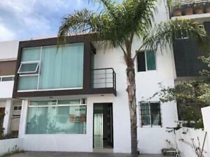 Casa en venta de 3 recamaras en el Fraccionamiento El Mirador Queretaro Mexico