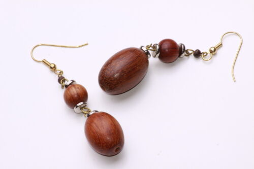 LOVELY HAND-CRAFTED GOLD TONE DROP EARRINGS CHIC BROWN WOODEN BEADS ZX16//A6