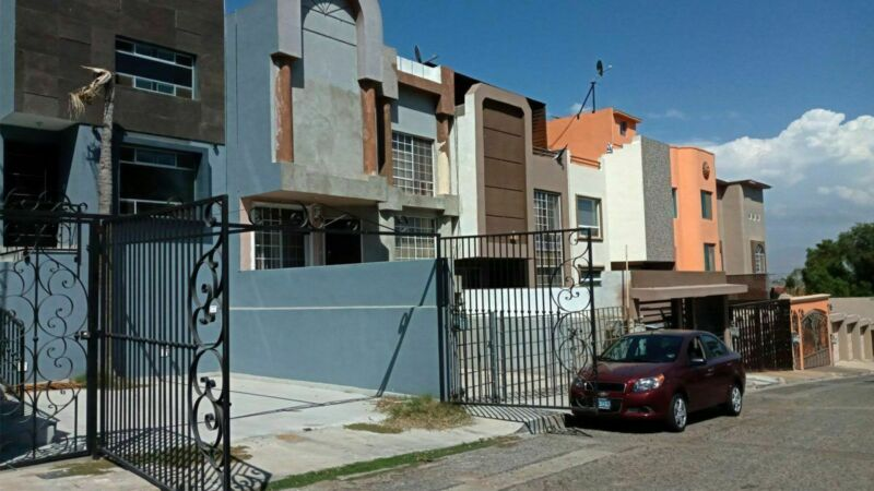 Se renta casa de 3 recámaras en Jardines de Chapultepec, Tijuana