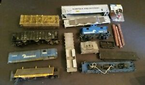 Vintage-Train-Lot-HO-Mixed-Lot-Accessories-Cars-Parts-and-or-Repair-TLC-Needed