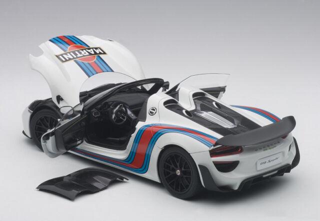 Porsche 918 Spyder Weissach Package Martini Year 2013 White 1 18 Autoart