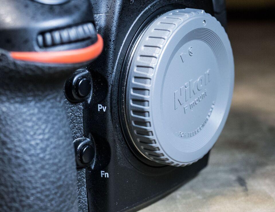 Nikon D810, 36 megapixels, God