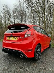 Ford-Fiesta-Zetec-S-Red-Edition-After-Market-Rear-Bumper-Exhaust-amp-Bonnet-Vent