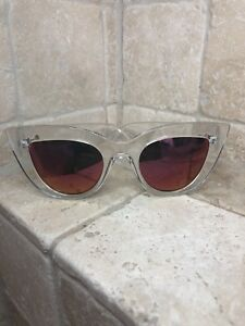 9210943974 Quay Australia Sunglasses Women s KITTI Clear Pink NWT Includes Soft ...