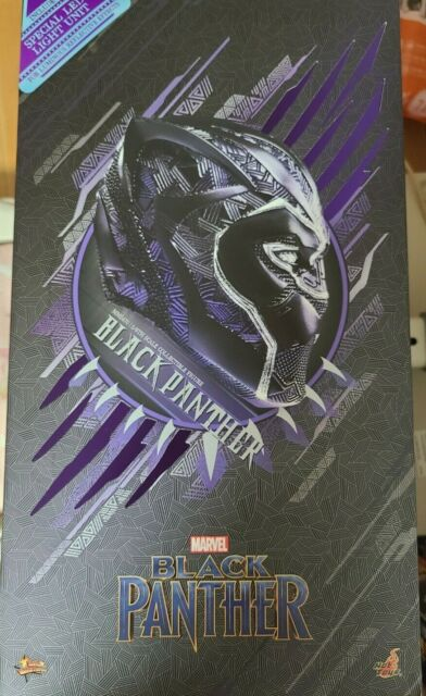 Hot Toys MMS470 Marvel Black Panther 1/6 Scale 12