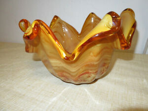 Beautiful-Murano-Tagged-Made-in-Italy-Brown-Handkerchief-Art-Glass-Bowl-11-034