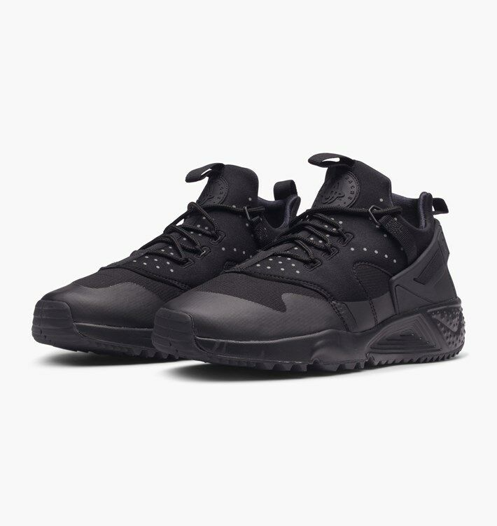 NIKE AIR HUARACHE UTILITY 806807004, MENS TRAINERS, UK9.5, TRIPLE BLACK, 806807004, UTILITY RARE dac113
