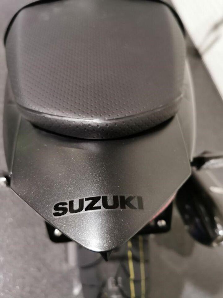 Suzuki, SV 650, ccm 645
