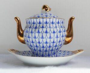 Soupiere-legumier-miniature-en-porcelaine-Style-Worcester-XVIIIe-H-6-cm