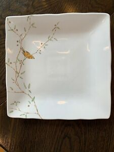 222-Fifth-Early-Bird-Scalloped-Edge-10-5-Square-Dinner-Plate