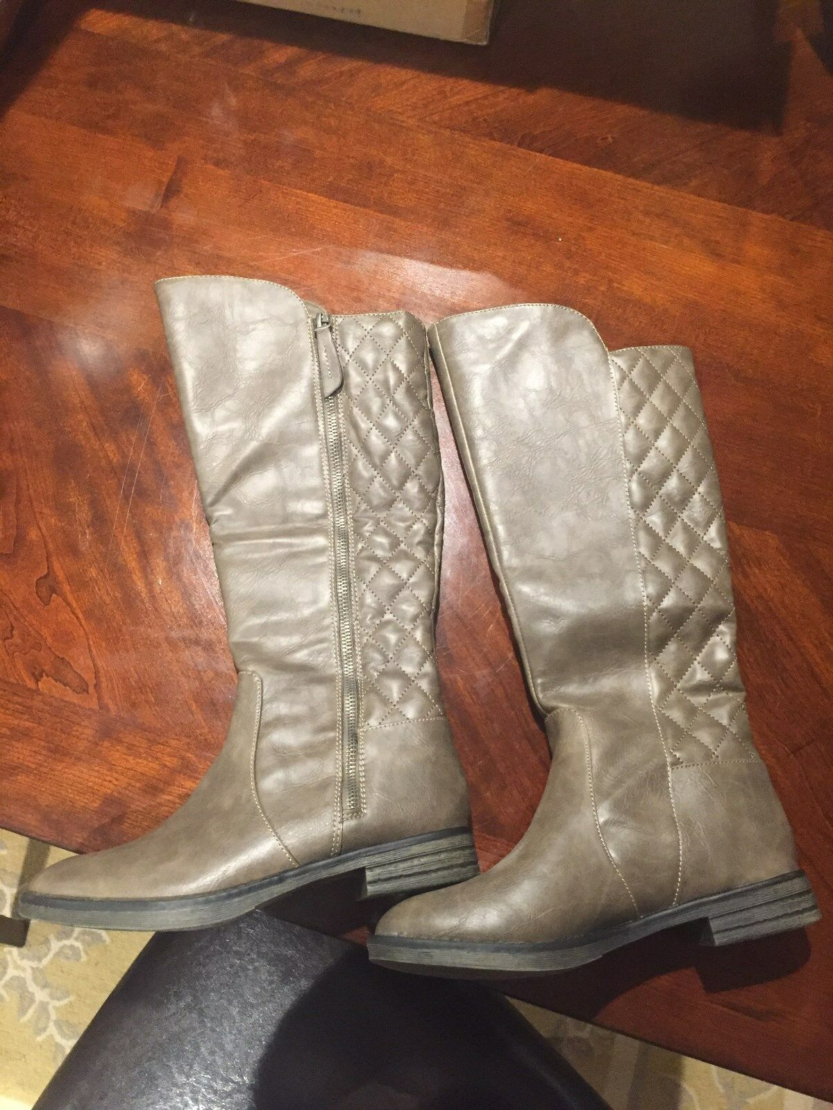 Mia Trudy Knee High Boots in Taupe size 7