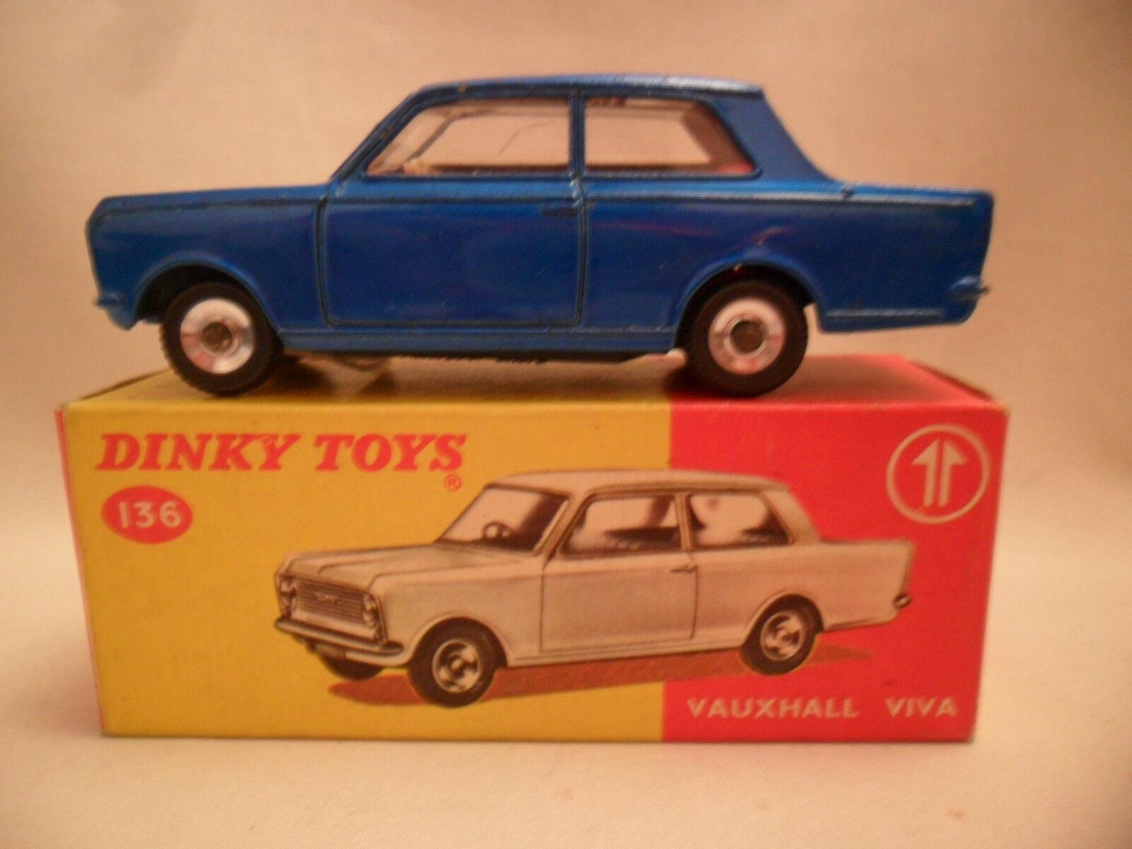 Dinky 136 VAUXHALL VIVA boxed vintage 1969