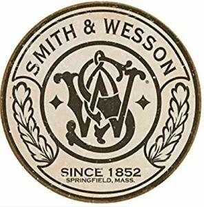 SMITH-AND-WESSON-ROUND-TIN-SIGN-GUN-AND-AMMO-POSTER-WALL-ART-DECOR