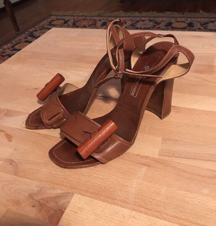 Vintage Samsonite Leather Wood Block Heel Heels Sandals Sz 37