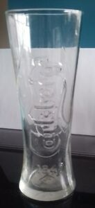 2-lager-glasses-1-pint-carlsberg