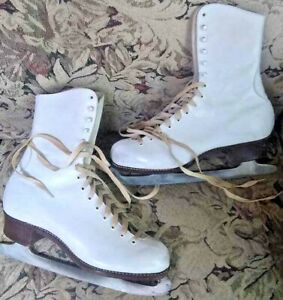 Vintage-SONJA-HENIE-Leather-Ice-Skates-Size-7-VGC-with-Box-Figure-Skating