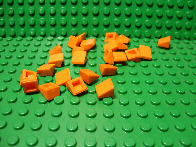 """** 25 CT LOT **  Lego NEW trans clear 1 x 1 slope /""""cheese/""""  bricks   Lot of 25"""