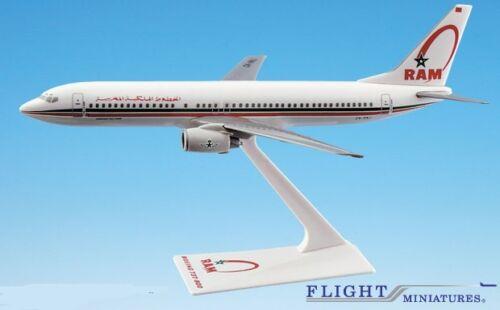 Royal Air Maroc 737-800 Airplane Miniature Model Snap Fit Kit 1:200 ABO-73780H-0
