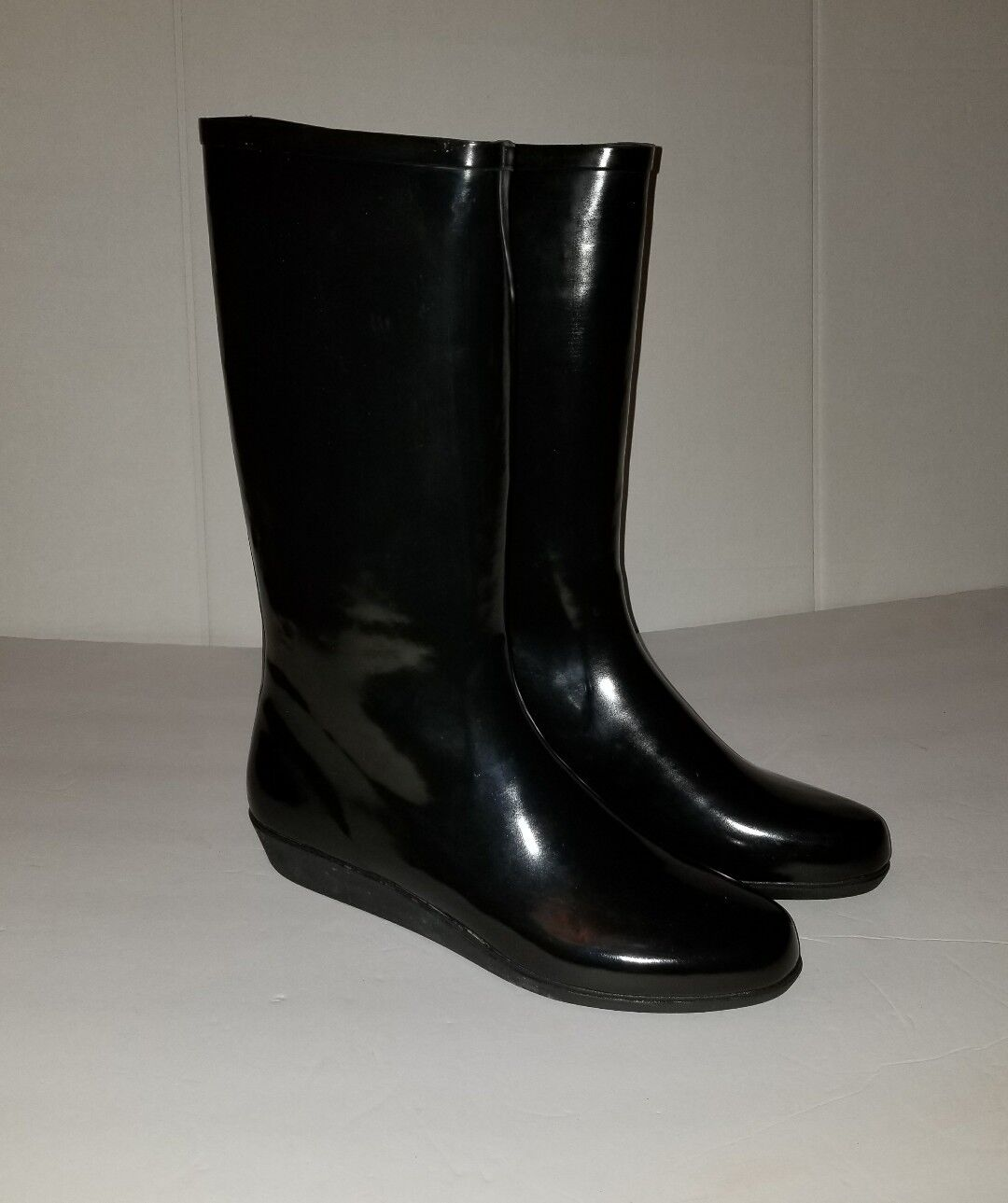 NEW WOMEN'S DAV LUXURY WEDGE SOLID RUBBER RAINBOOTS SIZE: 10 FITS 9 or 8.5