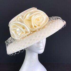 Ladies Hat Box Cream Bowler Style Hat (1021)