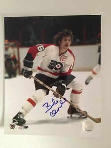 Philadelphia-Flyers-Bobby-Clarke-Autographed-Photo-with-Signed-Puck-HOF