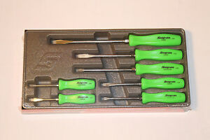 snap on 7 piece rare green hard handle combination screwdriver set brand new ebay. Black Bedroom Furniture Sets. Home Design Ideas