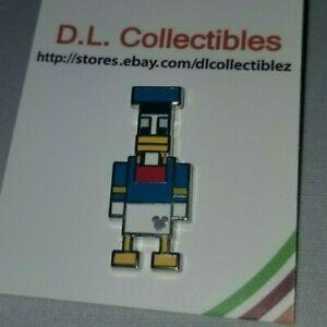 Disney-Donald-Duck-8-BIT-pixel-Hidden-Mickey-Donald-Pin