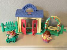 set Fisher Price Little People mom baby Garden house swing fence arbor stroller