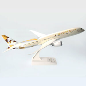 Etihad-Boeing-787-9-Dreamliner-A6-BLA-1-200-Scale-Plastic-Model-Replica-Aircraft