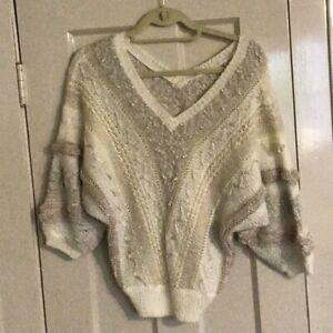 Vintage-1980s-034-bp-beldoch-popper-034-Ivory-Knobby-Knit-V-Neck-Sweater-Sz-Large
