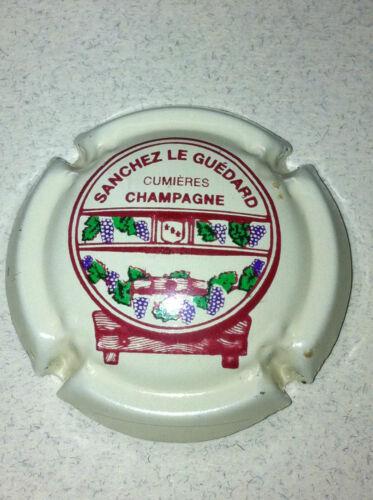 Capsule champagne SANCHEZ LE GUEDARD 5. crème pâle support tonneau bordeaux