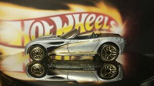 Hot Wheels #1068 Silver Dodge Concept Car w/Gold Lace Wheels Chrysler Base