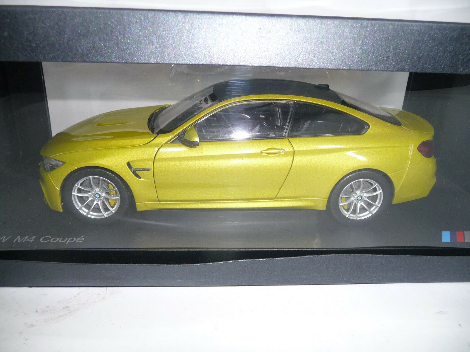Bmw m4 f82 coupé austin gelb metallic - 1,18 paragon - händler sehr selten